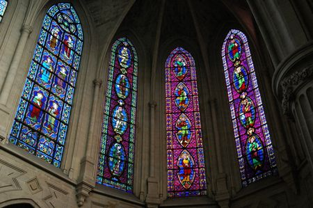 Stained glass, Auxerrois