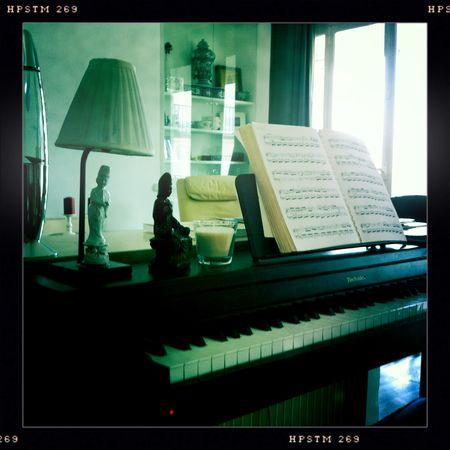 Salon_piano1