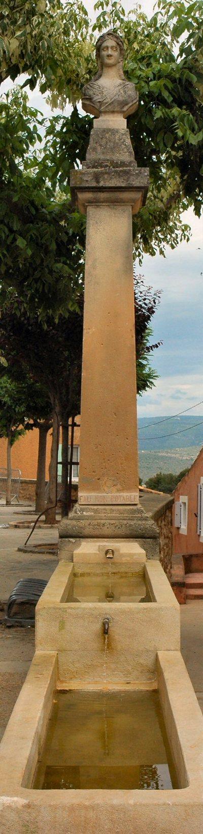 Roussillonfont1