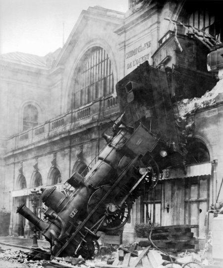 1895_traincrashparisreal
